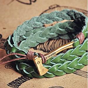 Мужской Браслет из кожи с топором из Латуни Woodsman green